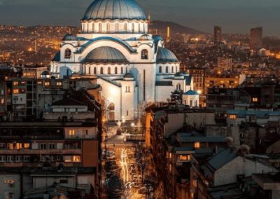 Templo de São Sava em Belgrado é a maior igreja ortodoxa do mundo