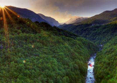 """Rio Tara, no Montenegro. Foto: <a href=""""https://visualhunt.co/a4/2fcd2a"""">Nicolas Rénac</a> on <a href=""""https://visualhunt.com/re6/78786461"""">Visual hunt</a> / <a href=""""http://creativecommons.org/licenses/by-sa/2.0/""""> CC BY-SA</a>"""