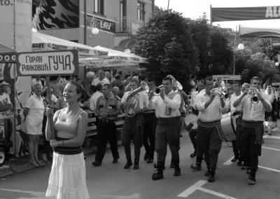 O Festival do Trompete de Guca na Sérvia