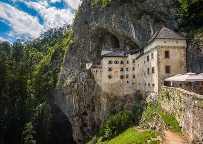 Castelo renascentista de Predjama em Postojna, Eslovénia
