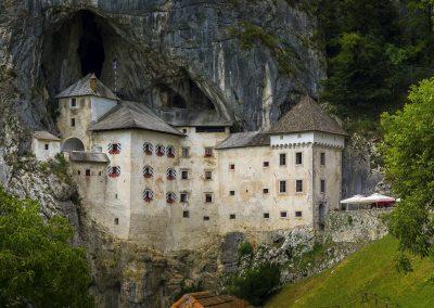 Castelo de Predjama, Eslovénia